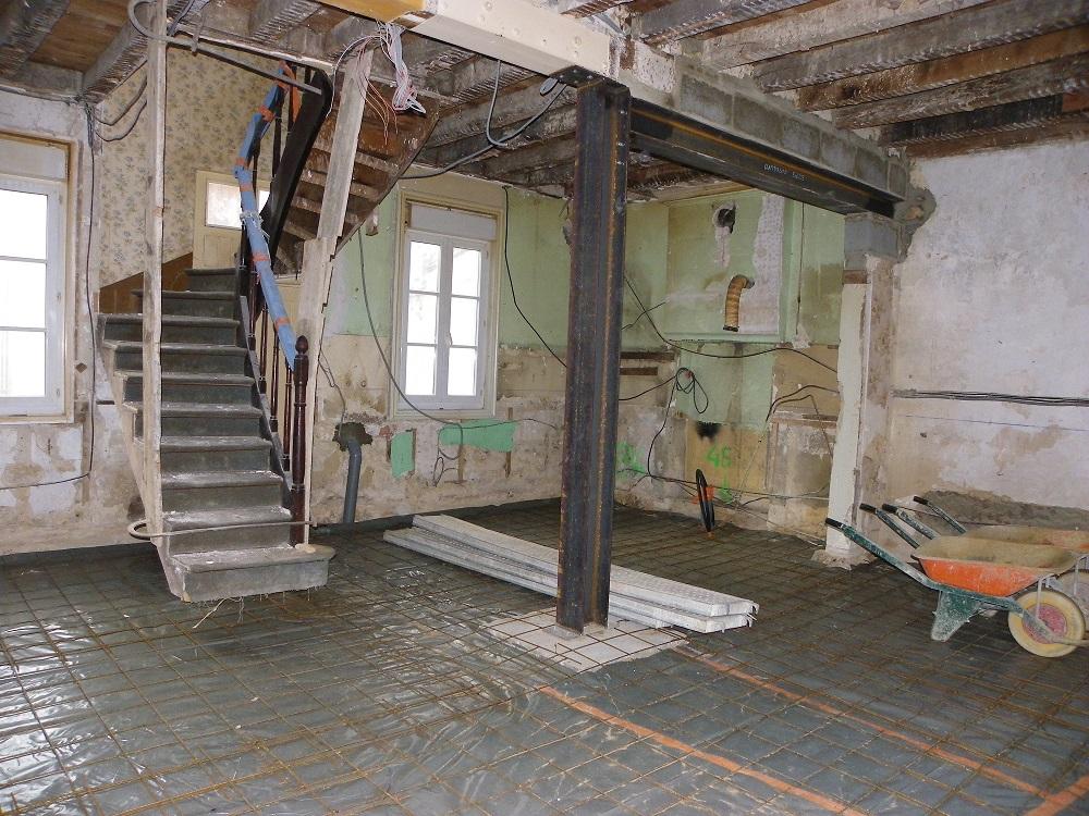 R novation am nagement r novation baies et ouvertures for Faux plafond magasin